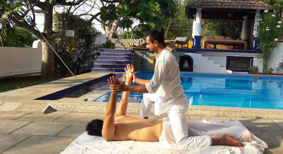 AyurYoga Massage Training Course in India | Ayurveda Massage